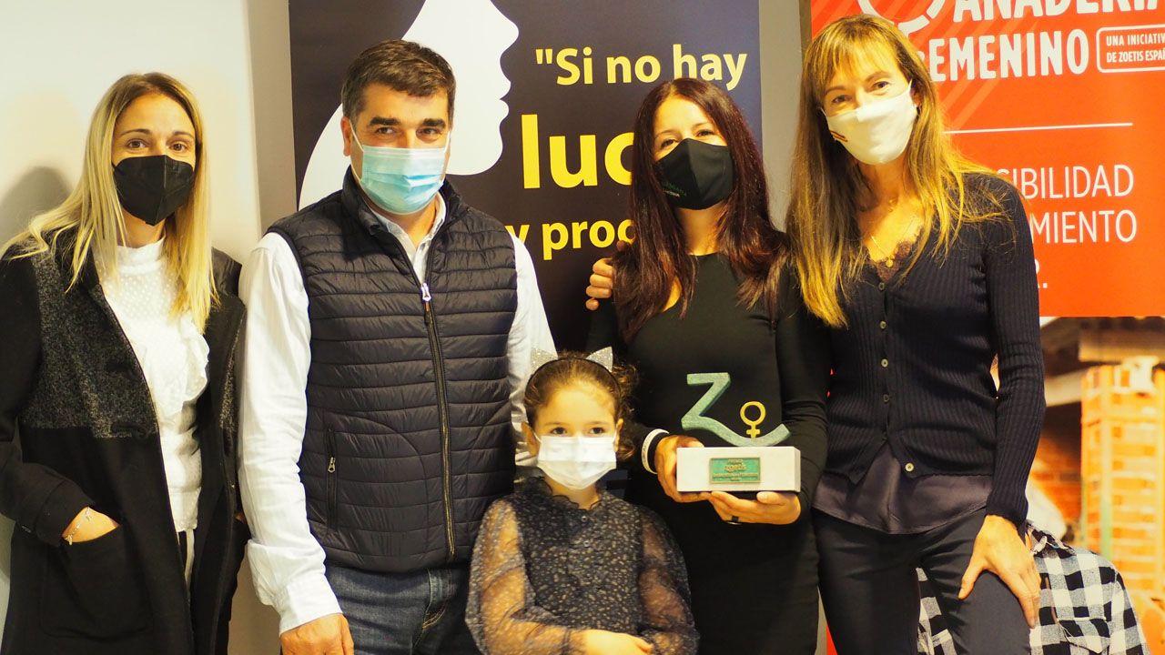 Yaiza Rimada, de La Saregana, ganadora del premio Zoetis Ganadería en Femenino