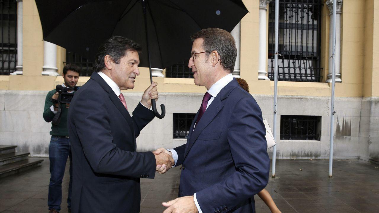 Javier Fernández recibe a Alberto Núñez Feijoo, en Oviedo