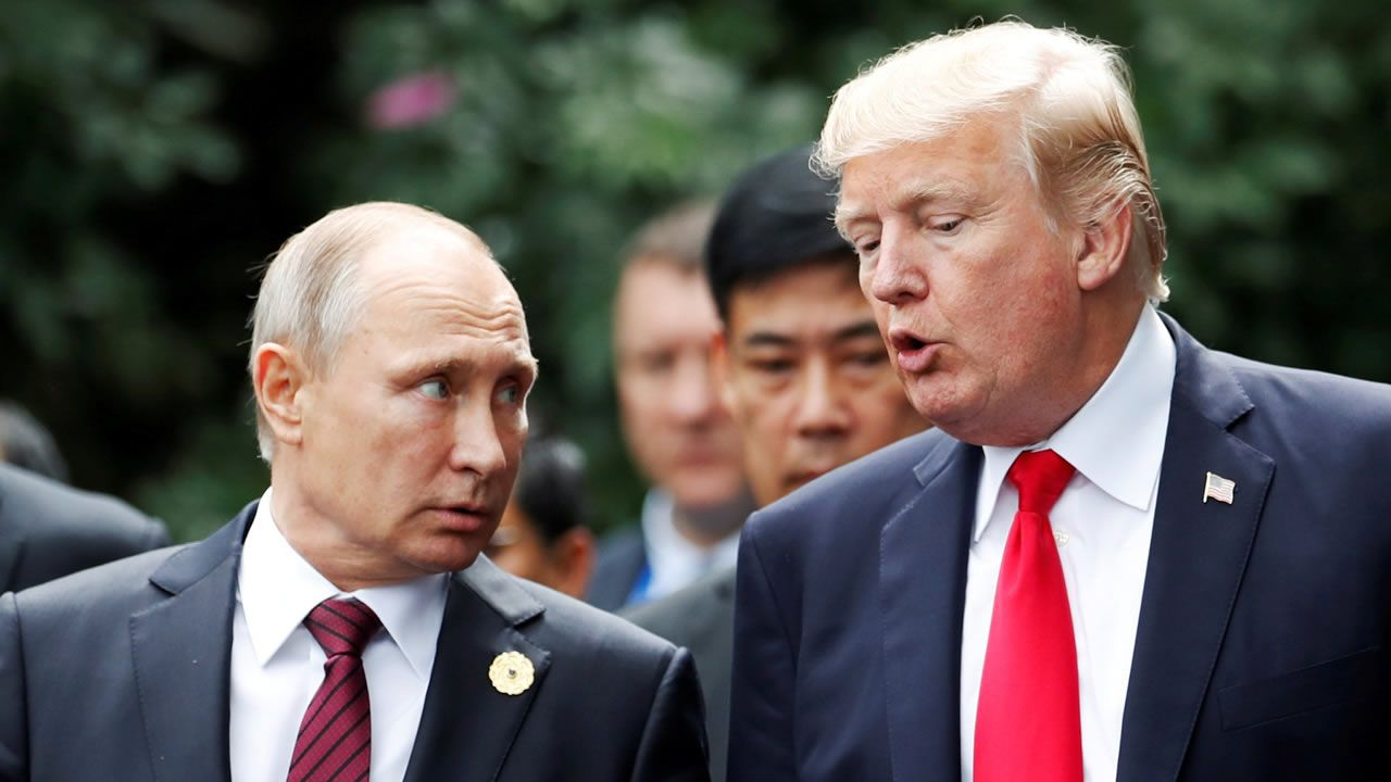 La cumbre de Trump y Putin en Helsinki, en imágenes.Tusk, Stoltenberg y Juncker, este martes, antes de la firma del comunicado conjunto