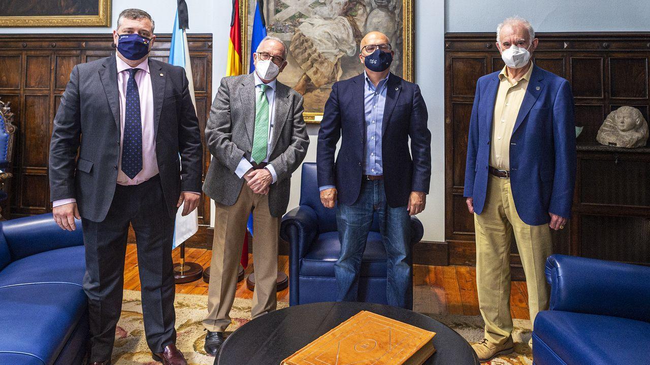 Baltar, con representantes del Banco de Alimentos