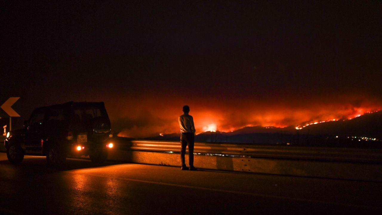 Imagen del incendio de Pedrógão Grande desde un avión español que ayuda a combatir el fuego.