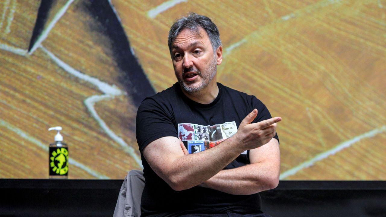 Rubén Pérez Carcedo, concejal de Ciudadanos en el Ayuntamiento de Gijón.El escritor barcelonés Carlos Zanón, en la Semana Negra de Gijón