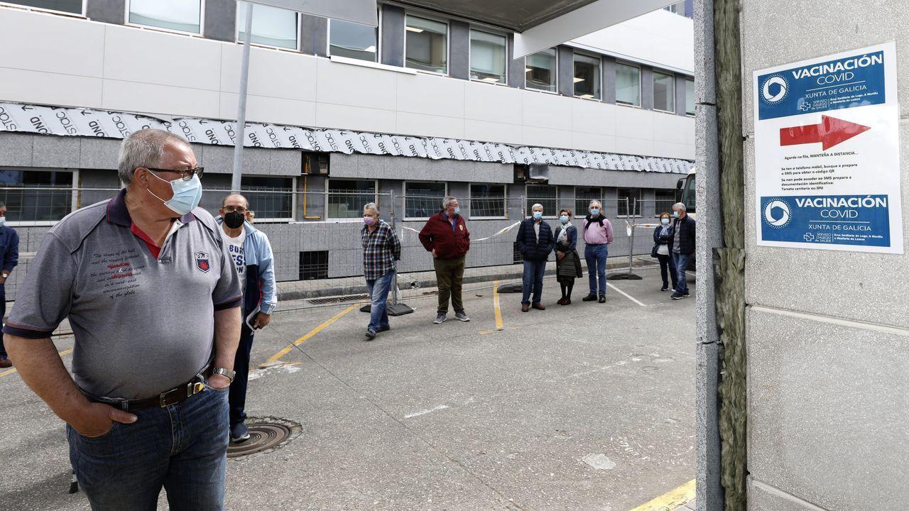 La vacunación frente al coronavirus continúa a buen ritmo en el hospital mariñano