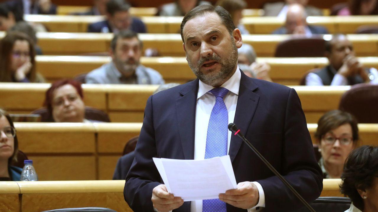El ministro de Transportes, José Luis Ábalos, este martes, durante la sesión de control al Gobierno en el Senado