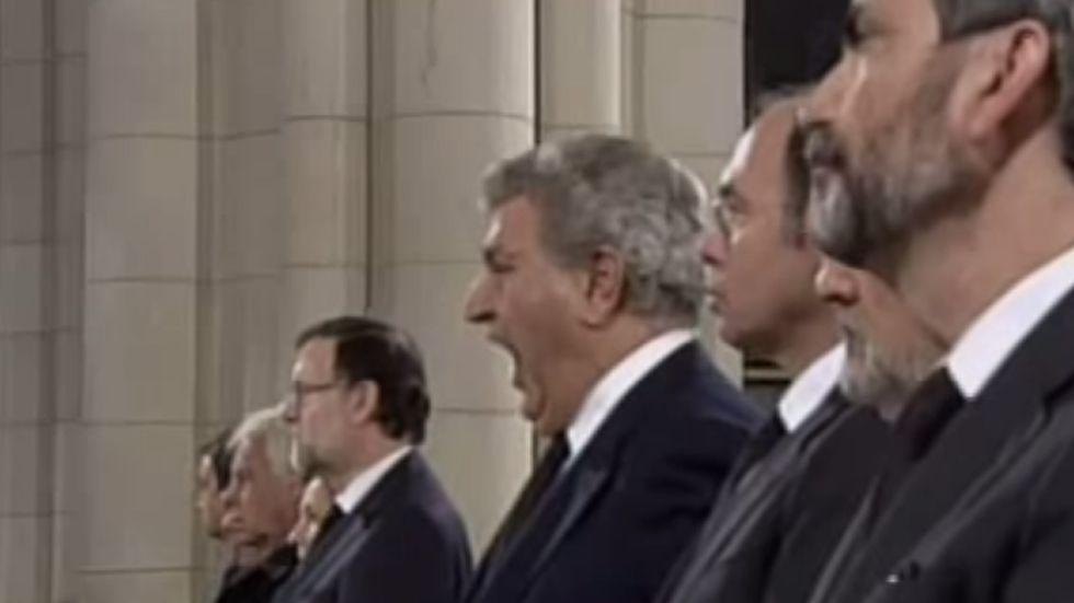 El polémico bostezo de Jesús Posada.Bancada socialista durante un pleno del Congreso
