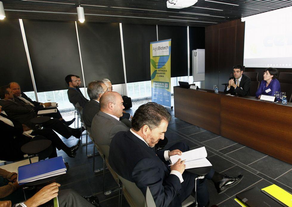 Inversores y defensores de los proyectos se reunieron en el Cetal