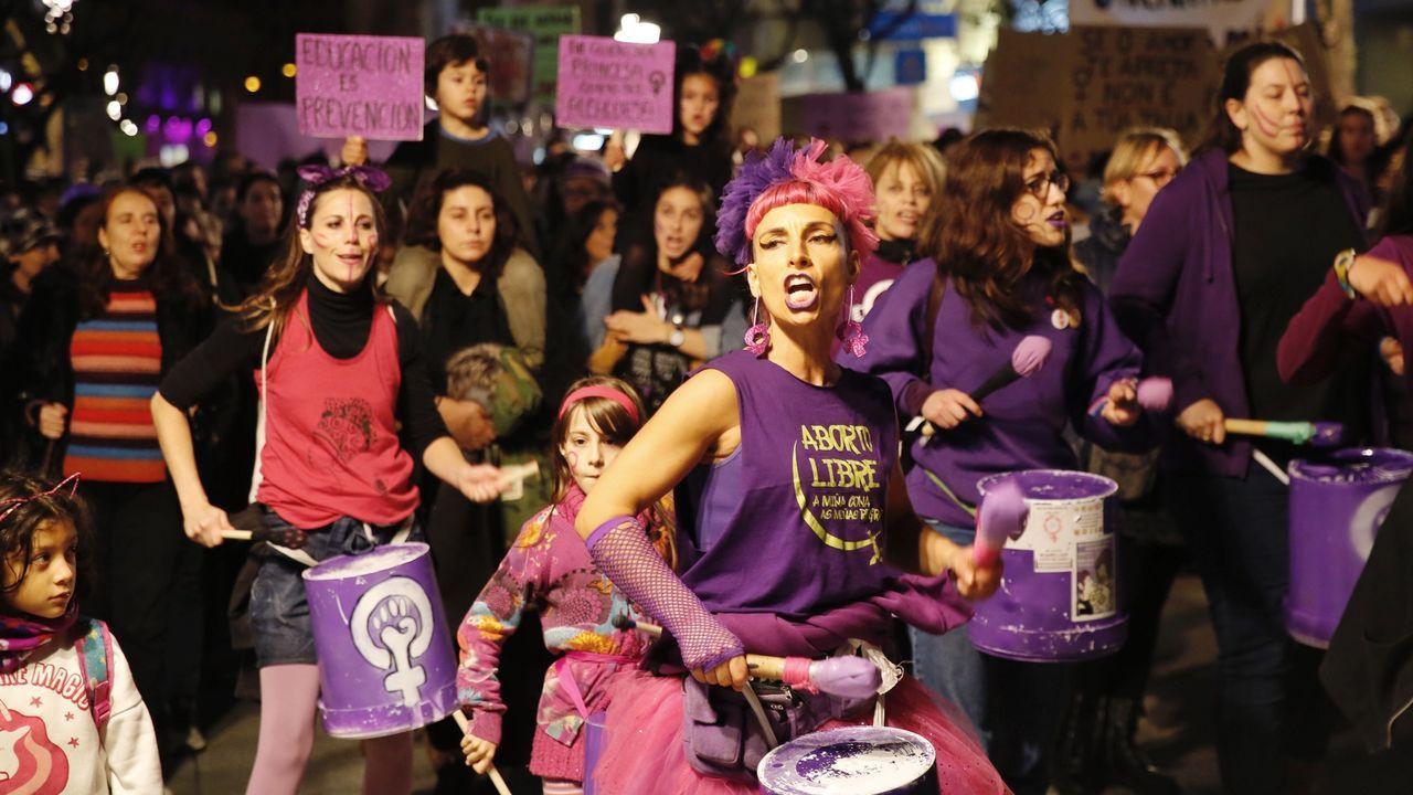 OURENSE CONTRA LA VIOLENCIA MACHISTA.El vicepresidente de la Diputación de Ourense, Rosendo Fernández, recibió al alumnado del IES Carlos Casares, de Viana do Bolo, que celebraron un pleno juvenil sobre la violencia de género.