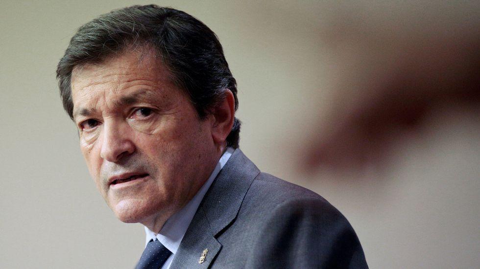 Los frentes abiertos del PSOE.Javier Fernández y Miquel Iceta