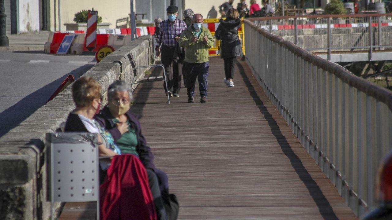 La población mayor de 65 años en Noia representa casi el 26 % del total, por debajo de la media comarcal