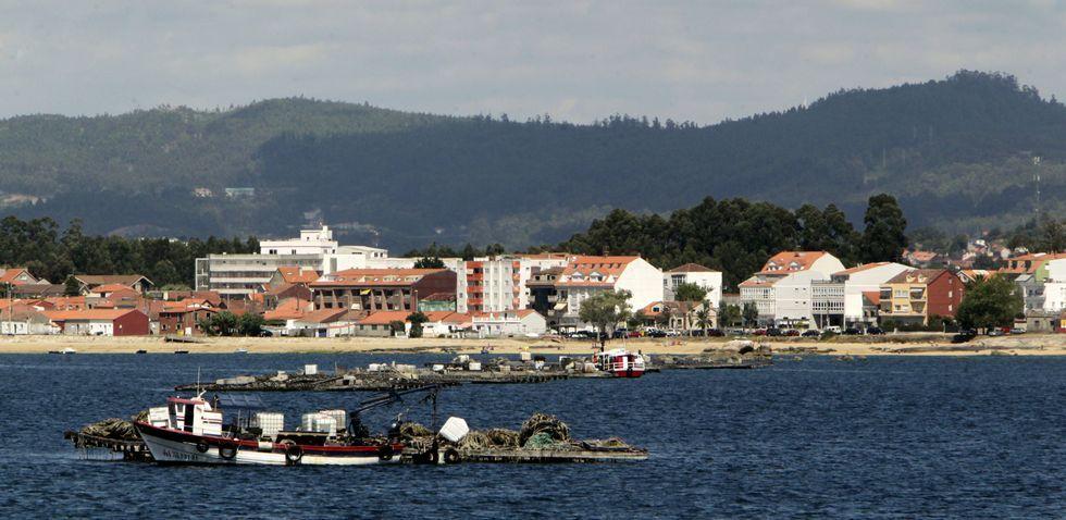 Ni los núcleos tradicionales de A Illa ni los de O Grove o Vilanova -en la imagen As Sinas- podrán rebajar la línea de costa.