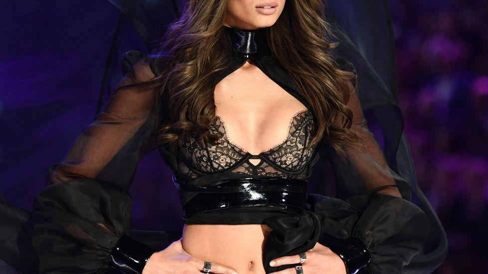 El desfile de Victoria's Secret se ha grabado en esta ocasión en París.