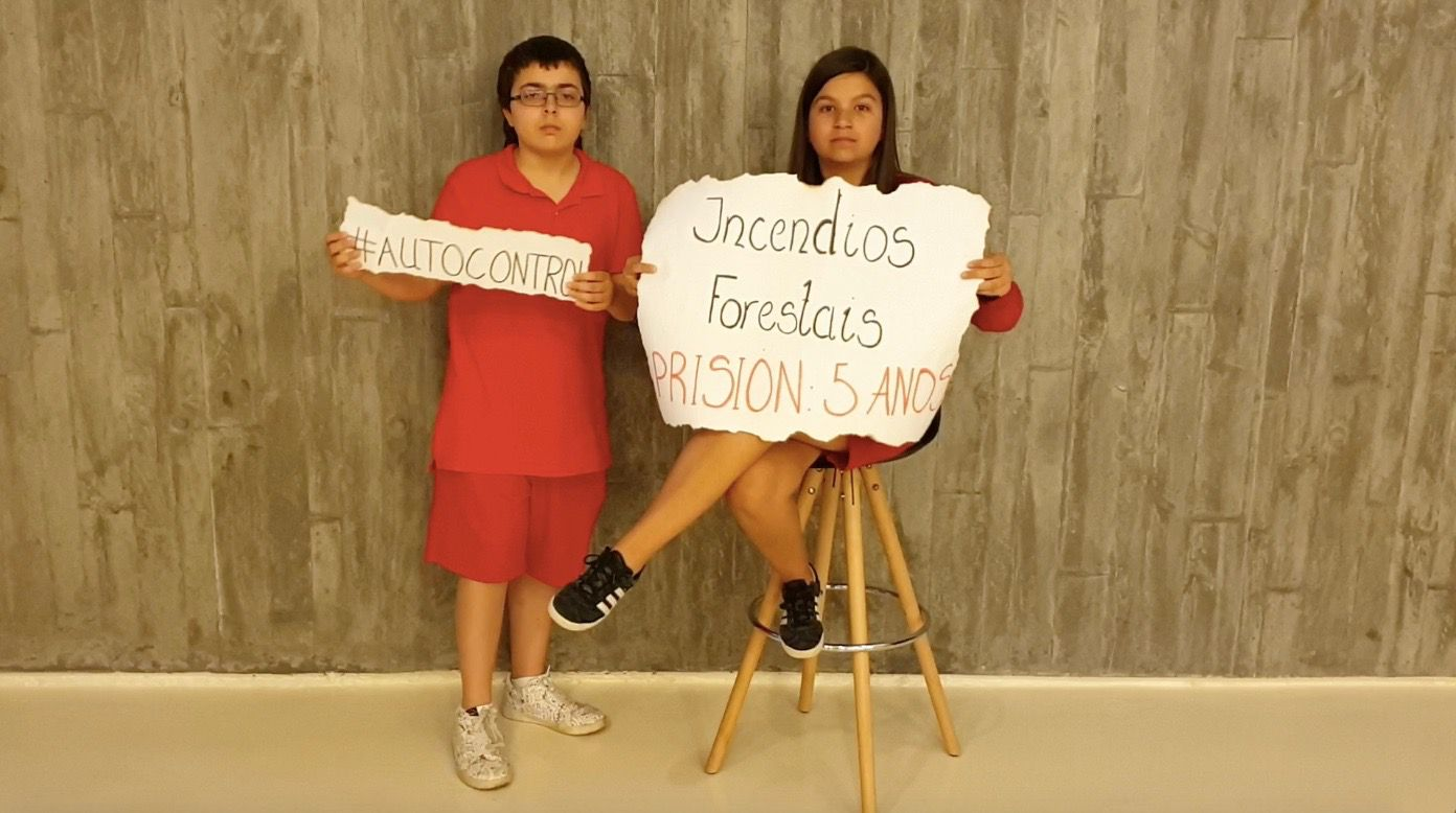 Norman Parkinson en la Fundación Barrié.Alumnos del colegio Divina Pastora participan en el proyecto #SenLumes