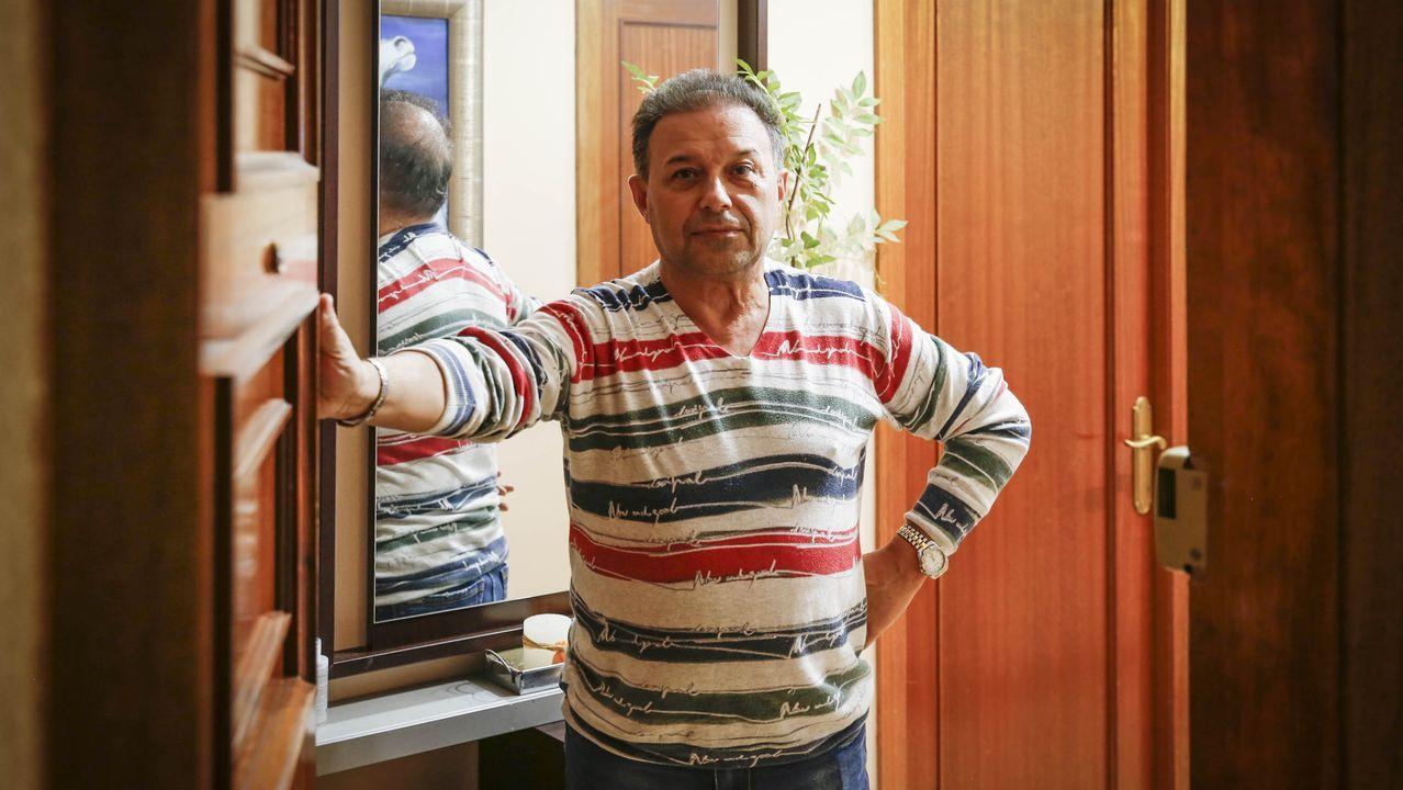 Camilo Sotelo, peluquero de Ribadavia, confinado por atender a dos clientas de Avión infectadas con covid-19