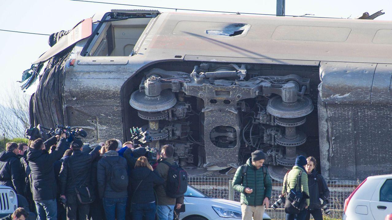 El inicio de la tensión. El pasado 18 de septiembre, representantes de la Xunta fueron invitados a un recorrido por el tramo Zamora-Pedralba del AVE a Galicia, que se pondrá en servicio en primavera. Ahí fue donde se percataron del retraso en las obras, pues el trayecto se realizó en un tren diésel