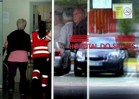 Los pacientes del Hospital do Salnés deberán trasladarse a Santiago para ir al especialista.