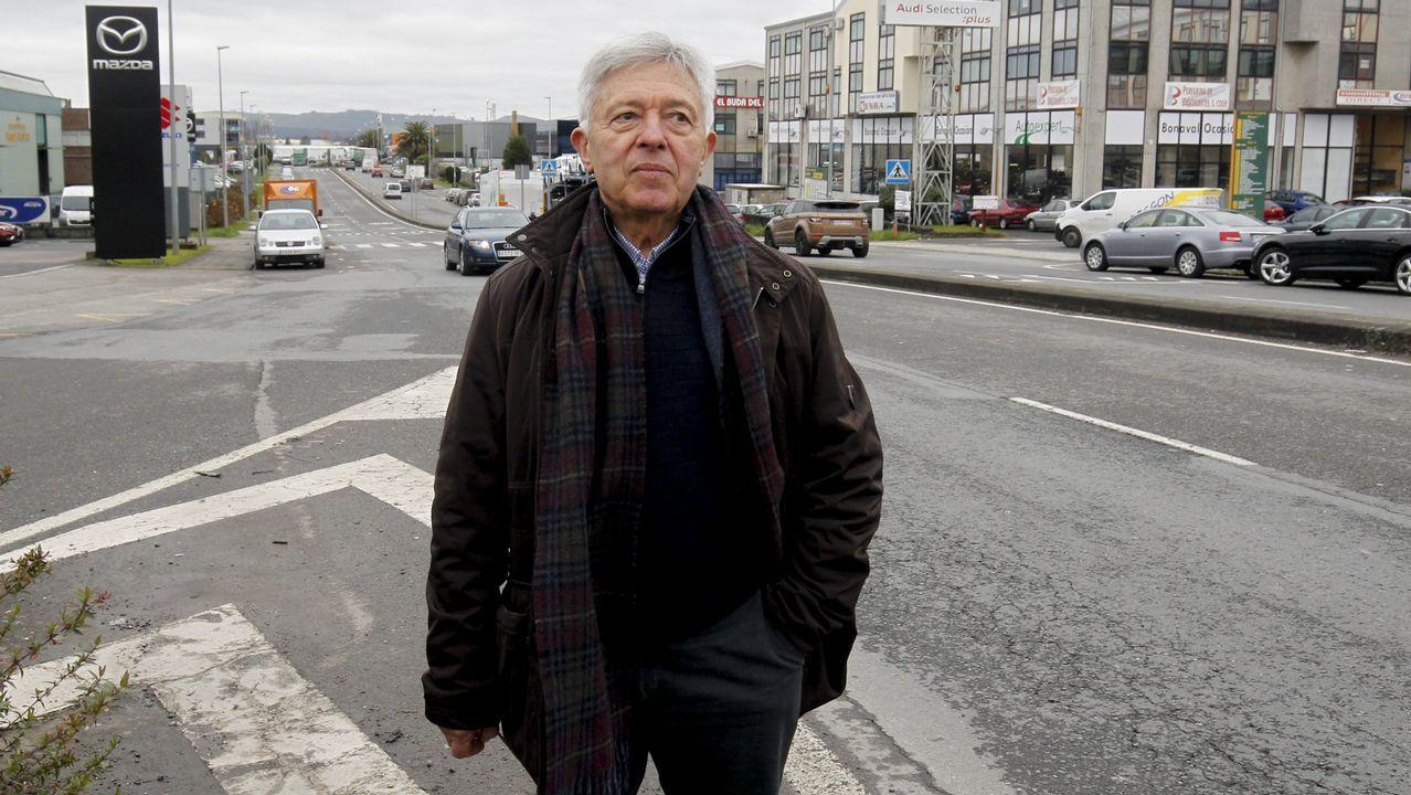 Mariano Rajoy (PP).Escobas en el coche de Gil Robles, líder de la CEDA, para evitar las tachuelas colocadas en la carretera en Asturias en septiembre de 1934