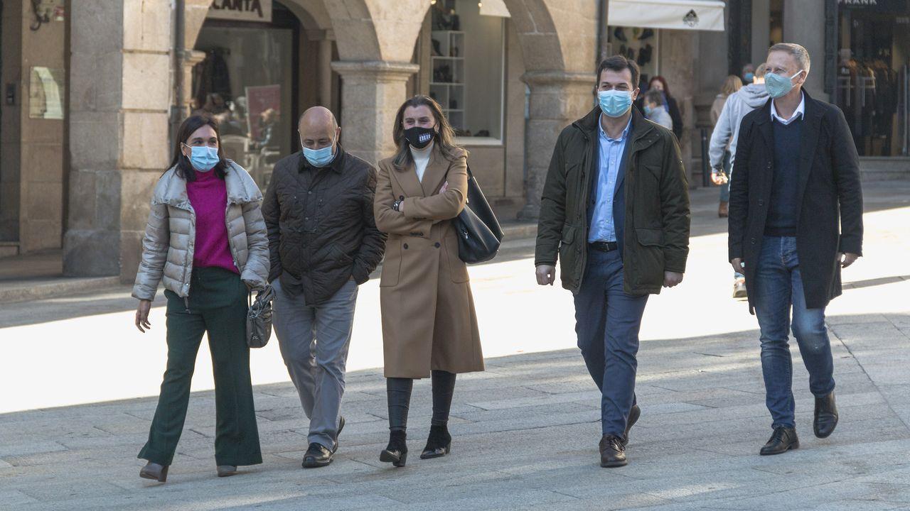 Gonzalo Caballero, a su llegada a Ourense este miércoles para reunirse con los concejales socialistas