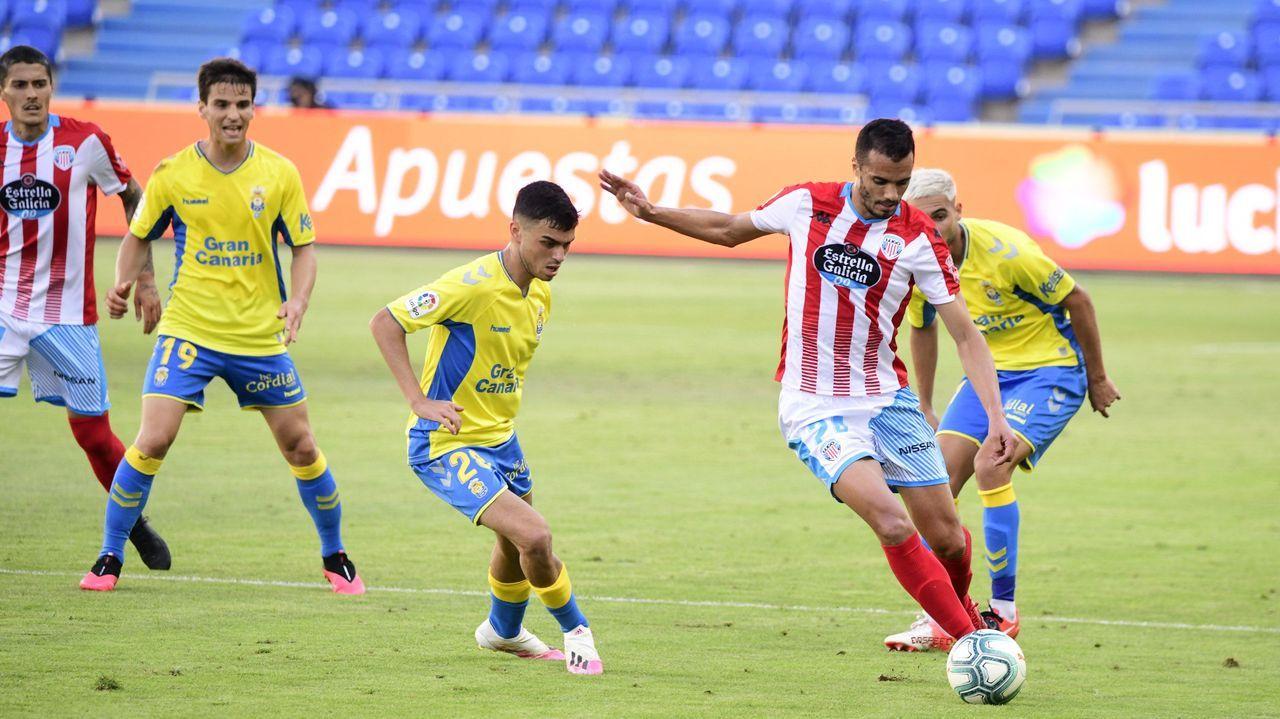 Nieto Araujo Real Oviedo Las Palmas Carlos Tartiere.Un partido de Las Palmas en la pasada temporada