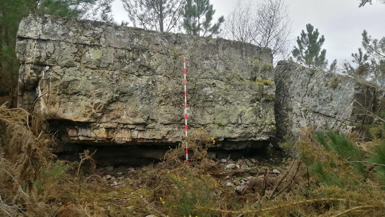 La denominada Pena da Arca, una llamativa formación rocosa situada en la sierra de Vilarello, es uno de los puntos geográficos que señalaban el límite del efímero municipio de Cereixa hace dos siglos