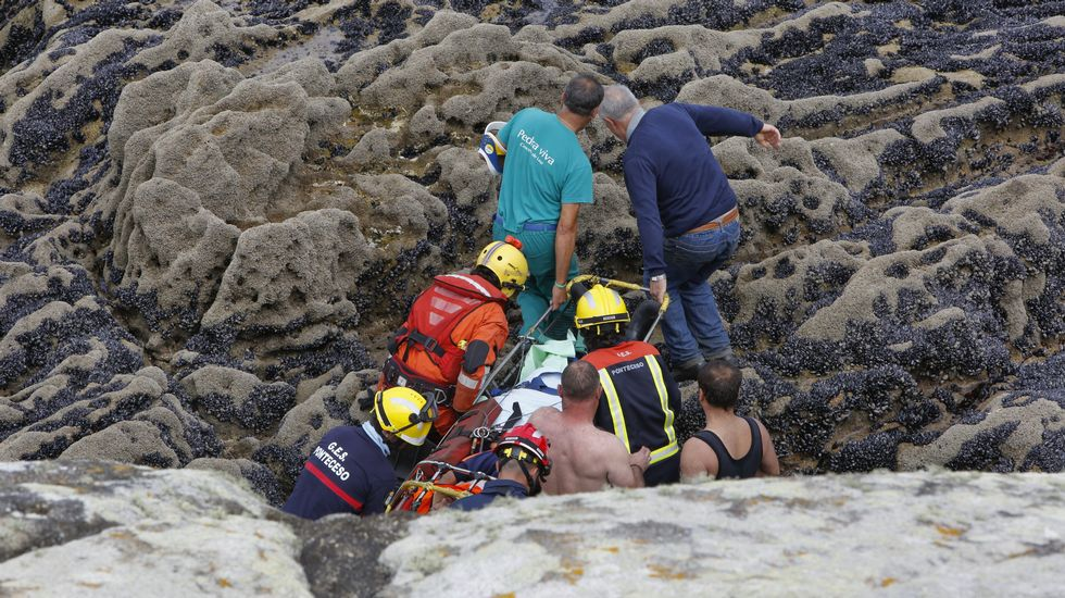 Espectacular rescate en Cabana de Bergantiños.Playa de la Ñora