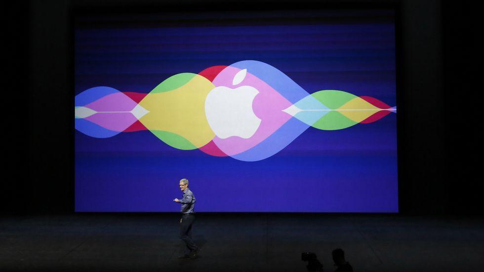 Phl Schiller, vicepresidente de Márketing de Apple, habla del iPad Pro.