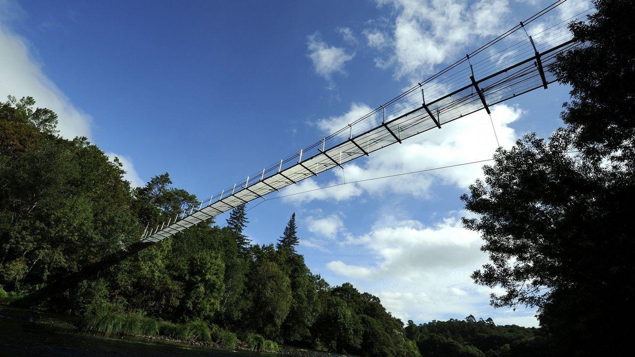 En el área de recreo de O Xirimbao el puente tiene 80 metros de largo