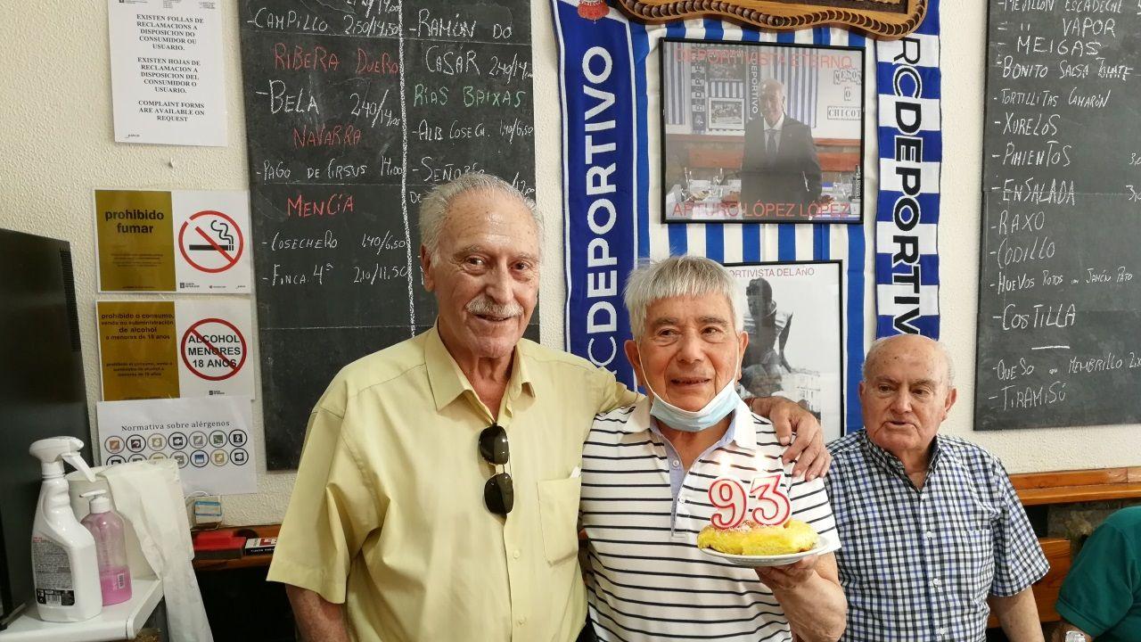Imágenes de la pandemia en el mundo 11/08.El rey Felipe VI, junto al ministro de Relaciones Exteriores de Uruguay, Francisco Bustillos