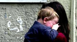 pobreza infantil, niños, malos tratos.Luces de Navidad en Vigo, el año pasado