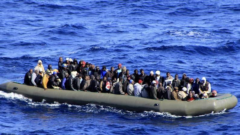 Araguás reclama nuevas políticas para atajar la inmigración ilegal