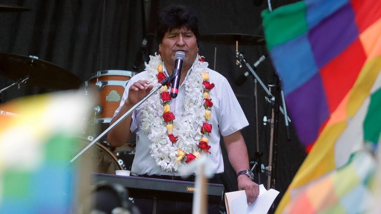 Miembros del movimiento 21-F, contrarios al expresidente Evo Morales, participan en un plantón para conmemorar el referendo del 2016 que negó la reelección de Evo