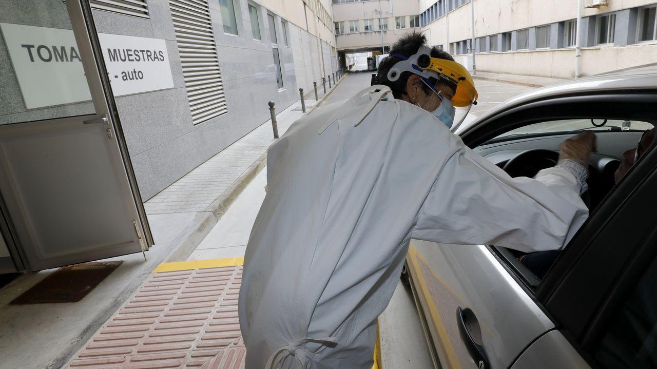 Imagen de archivo de pruebas PCR en el Hospital da Mariña
