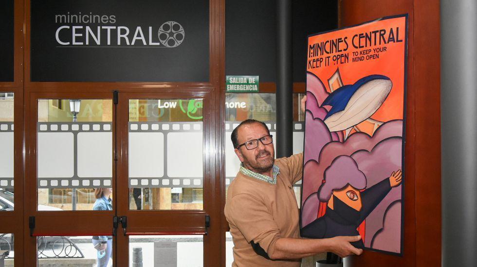 El director del documental, Alberte Mera, ya participó hace unos días en la presentación en Ferrol