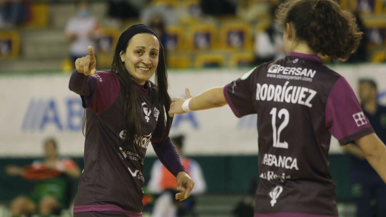El Envialia jugó con su equipación feminista, de color morado y con los  nombres de las madres de las jugadoras en el dorsal