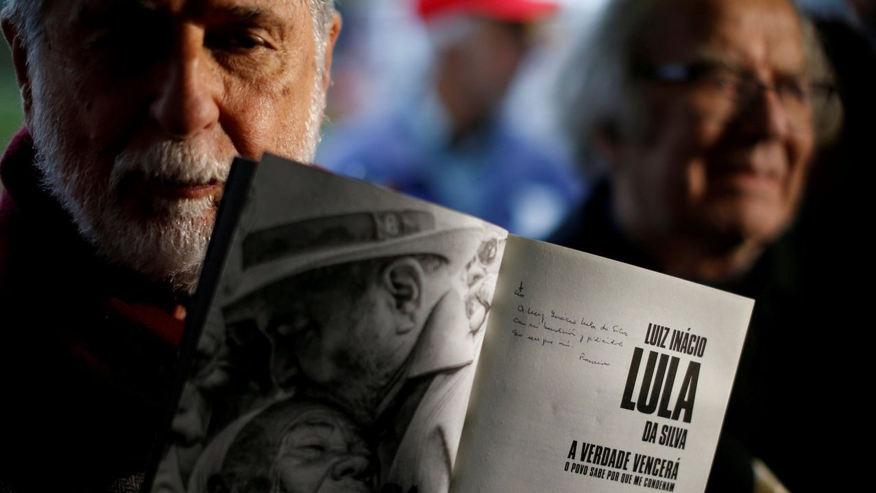 Así fue el momento en el que apuñalaron a Bolsonaro.El posible sustituto de Lula, Haddad