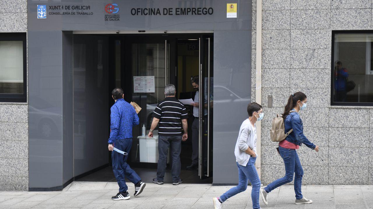 Pedro Sánchez: «Me gustaría animar a votar a la población gallega, una alta participación es fundamental».Dios Tomé destaca que se necesitan más profesionales en la comarca