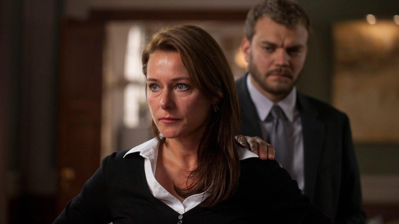 Tráiler de «Valeria».Julia de Castro y Celia Freijeiro, en un episodio de «En casa».