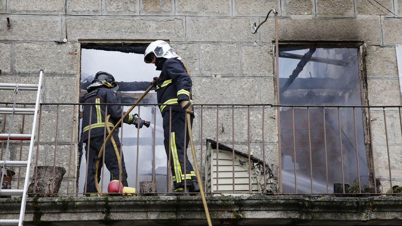 imagen de archivo del incendio en una vivienda de Xunqueira de Ambía