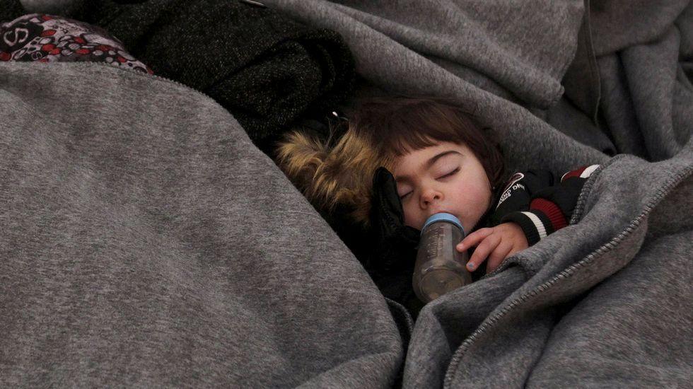 Al menos 43 muertos al naufragar dos barcas con refugiados frente a Grecia