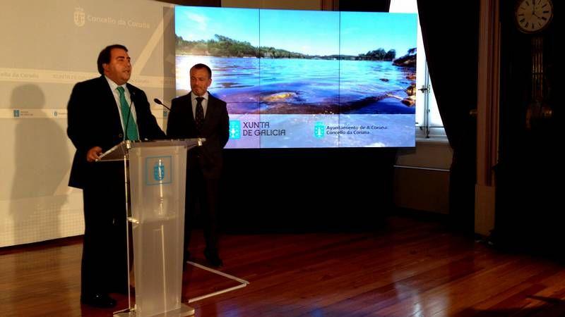 Agustín Hernández firma un convenio para el refuerzo de abastecimiento de agua del lago artificial de Meirama.El lago ocupa la antigua mina de lignito