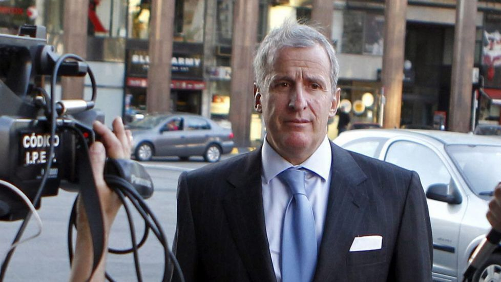 El uruguayo Juan Pedro Damiani, presidente del Peñarol y miembro del comité de ética de la FIFA , tuvo relaciones de negocios con tres hombres señalados en la investigación