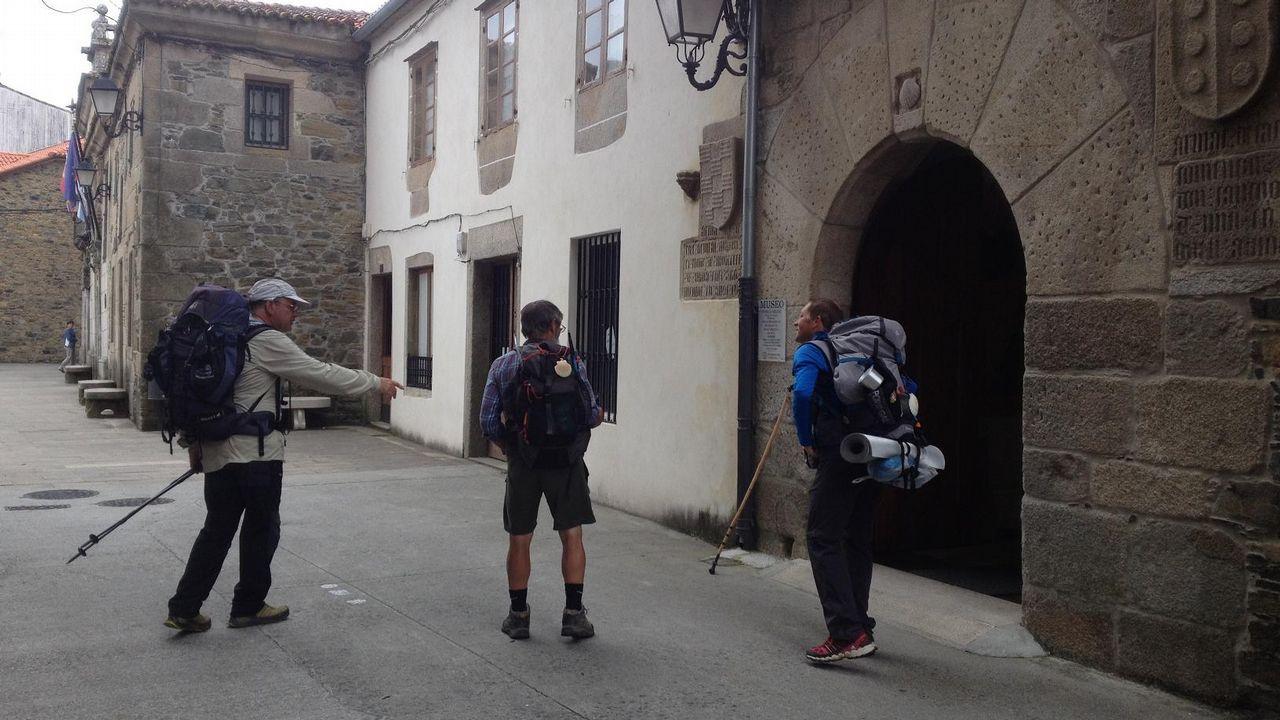 El San Xoán más caluroso.Foto de la peregrina desaparecida cedida por la Guardia Civil
