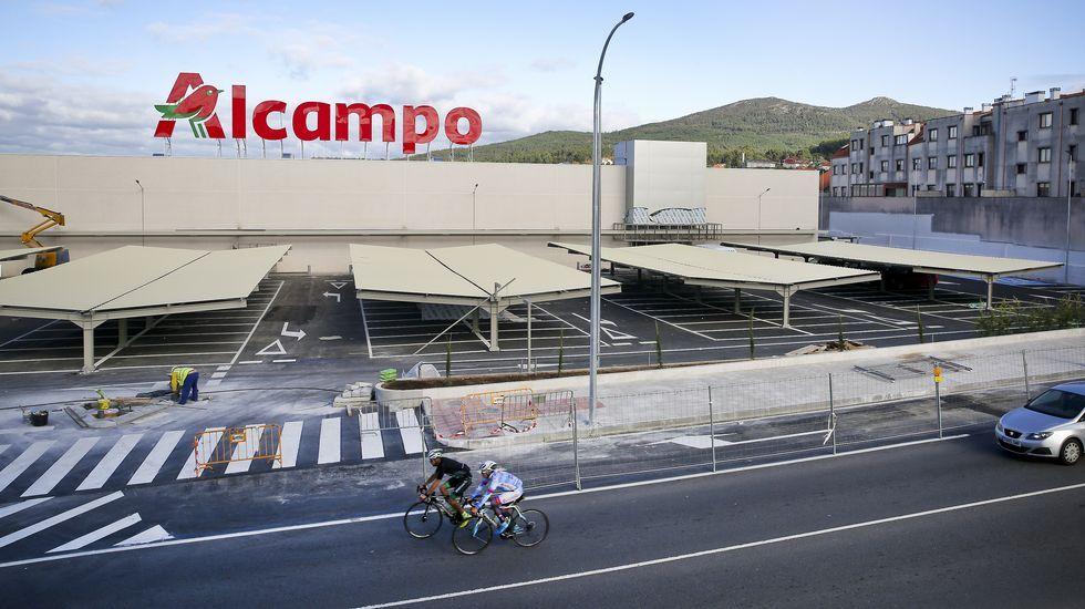 Galicia se va de rebajas.CENTRO COMERCIAL CUATRO CAMINOS