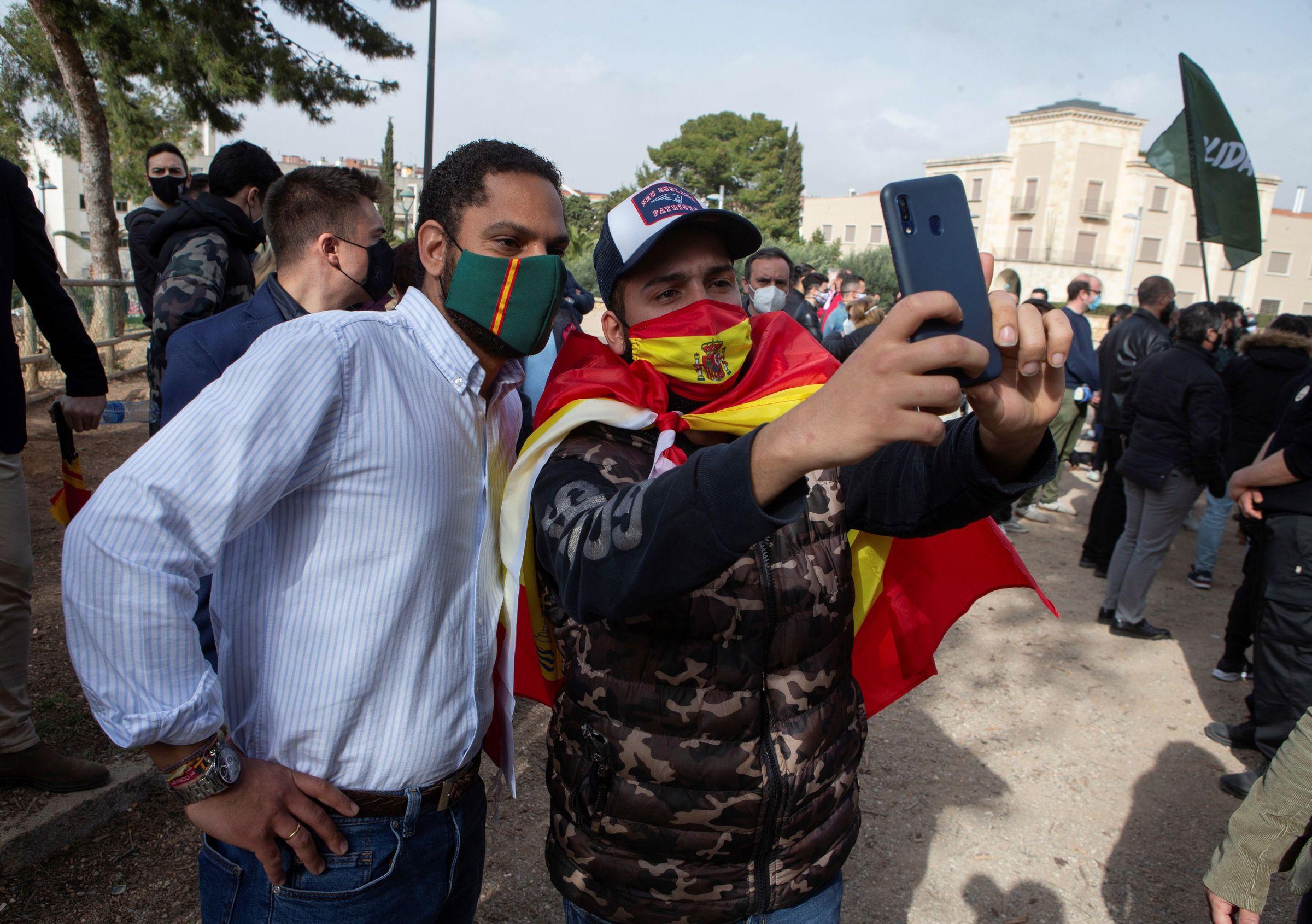 Rajoy, en el centro de la diana de Bárcenas.Ignacio Garriga, de Vox, ayer en Tarragona
