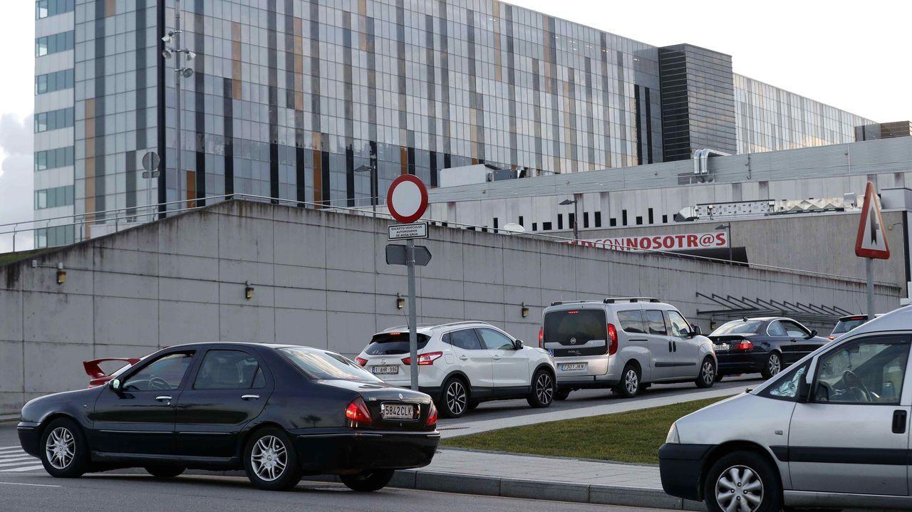 Vista del autocovid instalado en el Hospital Universitario Central de Asturias (HUCA)
