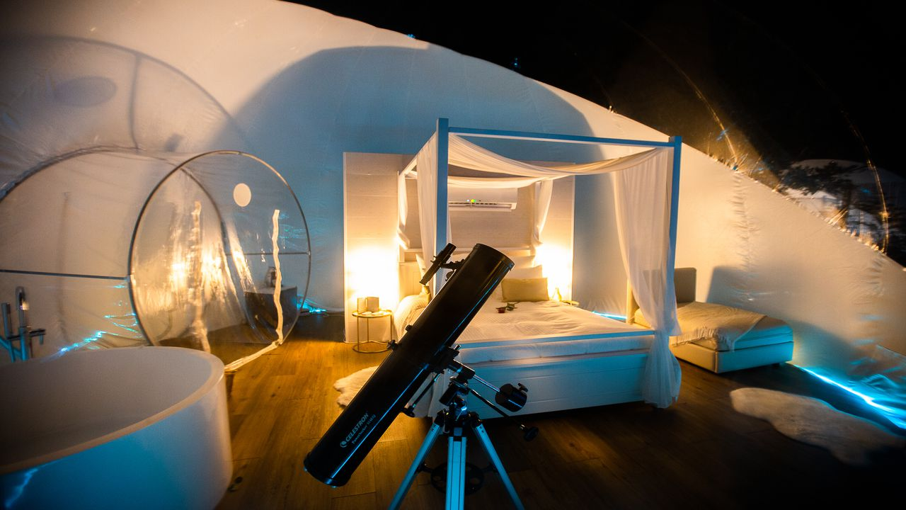 El diseño de la burbuja y la disponibilidad de un telescopio facilitan la observación astronómica
