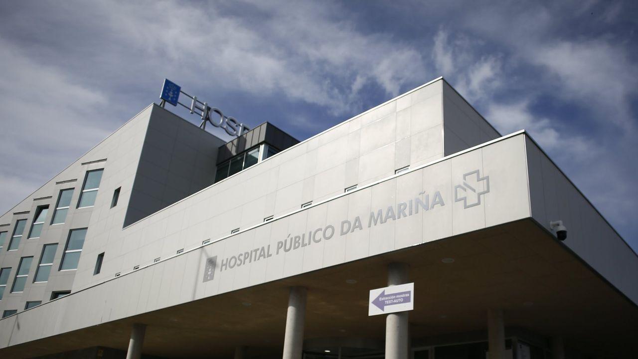 En el hospital mariñano había este lunes por la tarde cinco pacientes de covid-19 ingresados en planta