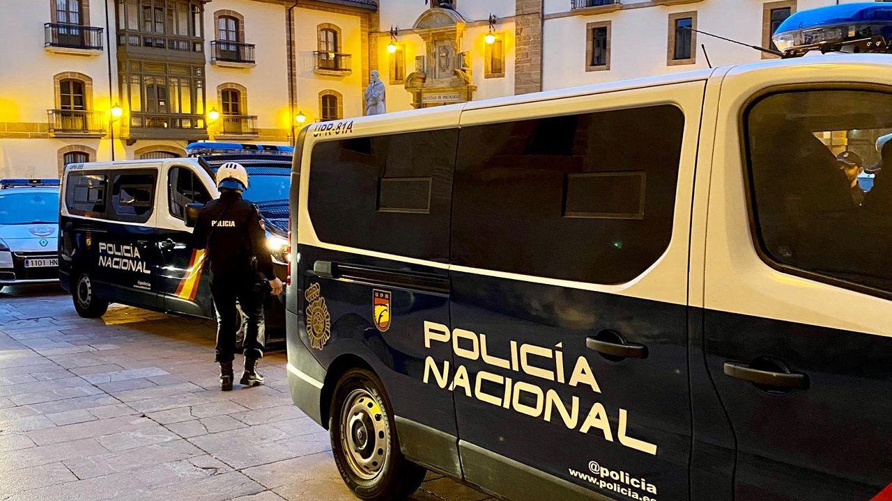 Belleza y trabajo duro en los entrenamientos de Sol Martínez.Controles en zonas de ocio nocturno, en Oviedo