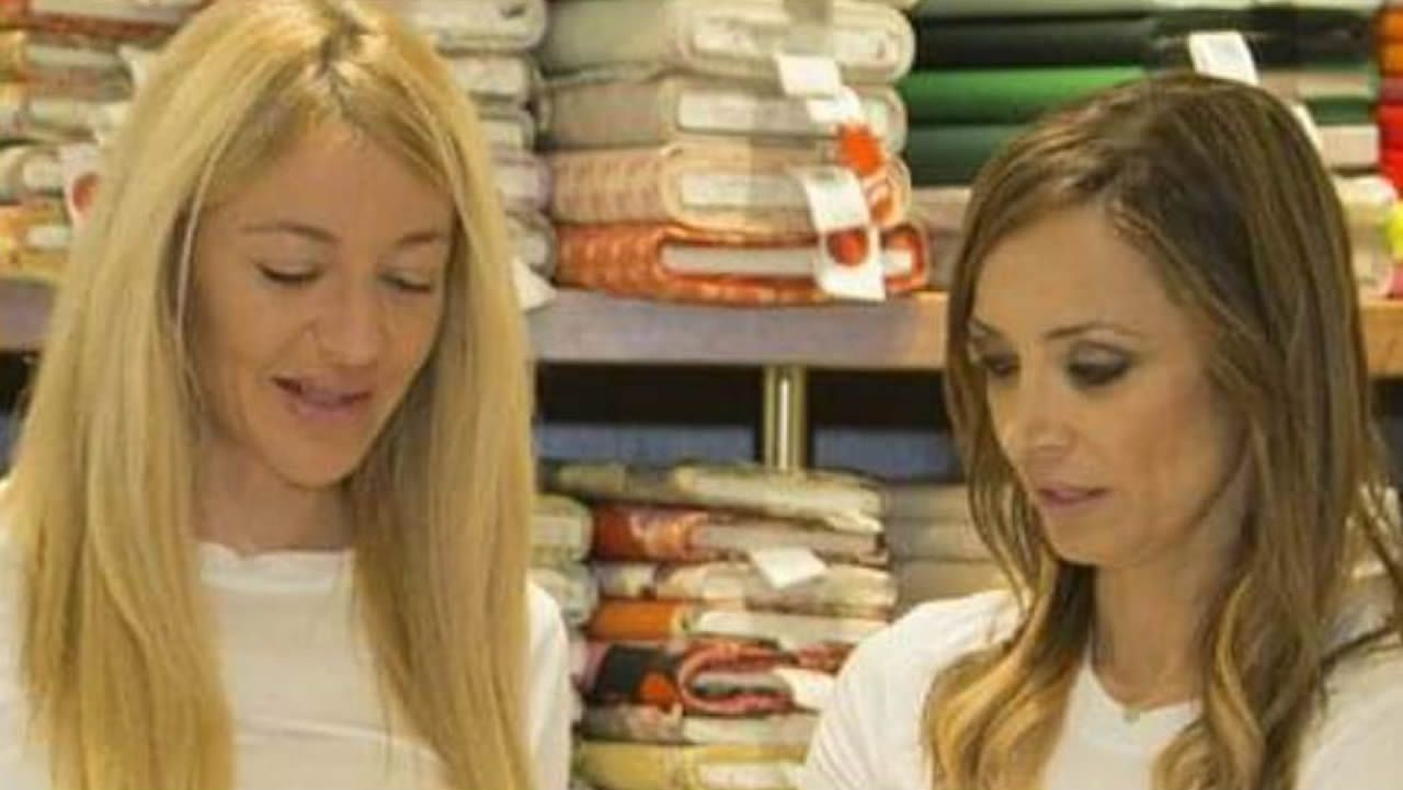 «Vivo en el albergue, desayuno en Cáritas y como en la Cocina Económica: así todos los días».Lucía Martínez y Sonia González son diseñadoras de Clemencita