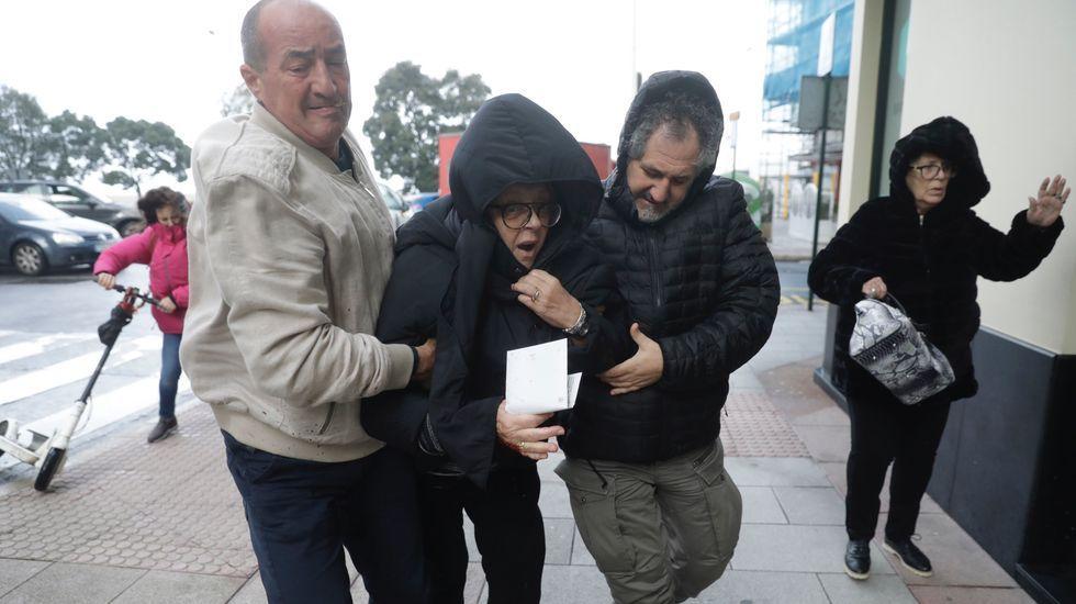 Así está ahora el paseo marítimo de A Coruña.Santiago Abascal saluda a los asistentes al mitin de Vox celebrado en Vigo durante la campaña electoral del 10N