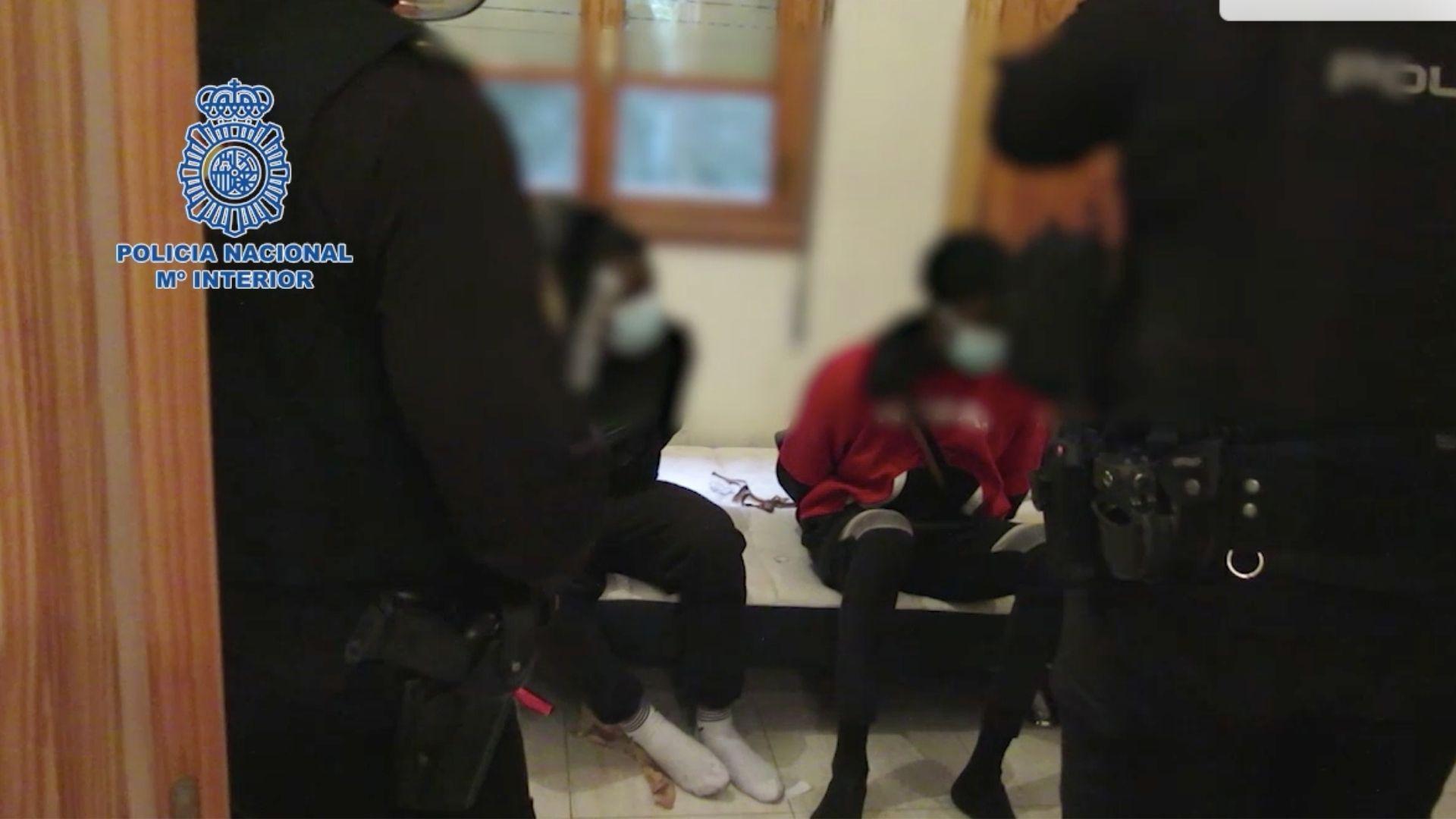 Así fue la detención de tres narcos en Olloniego.Sito Miñanco llegando a la Audiencia Provincial de Pontevedra